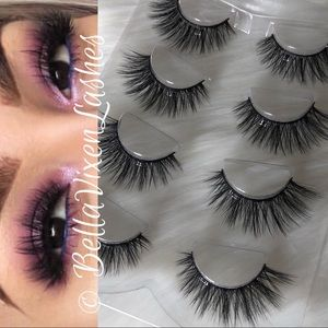 Other - 4 Pairs Mink Lashes